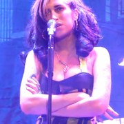 amy winehouse cancels 2 180x180 custom Amy Winehouse Booed Off Stage and Fans Call Performance a Disaster!