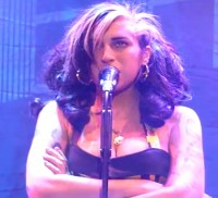 amy winehouse cancels 3 200x182 custom Amy Winehouse Booed Off Stage and Fans Call Performance a Disaster!