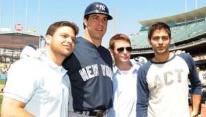 mark teixeira cameo entourage1 300x262 HBO's Entourage Pays Yankee Stadium a Visit