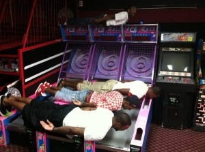 dwight howard planking 300x300 Celebrity Planking Pics: Justin Bieber, Chris Brown, Katy Perry and More!