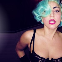 lady gaga green hair 200x200 custom Is Lady Gaga Dying?