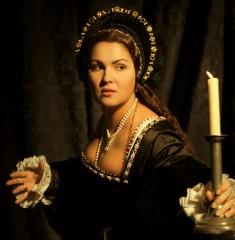 "MET ann bolena anna netrebko 235x240 custom Bravo! Anna Netrebko Opens the Met to Praises for ""Anna Bolena"" Opera"